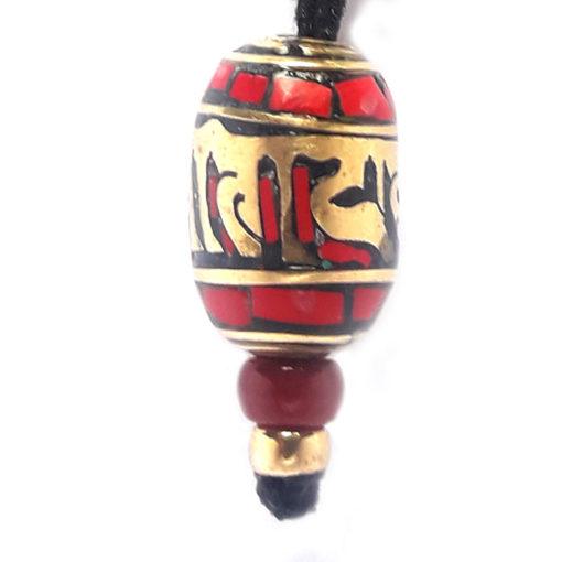 collier pendentif mantra rouge