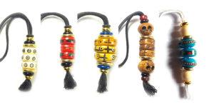 charms, talismans, amulettes